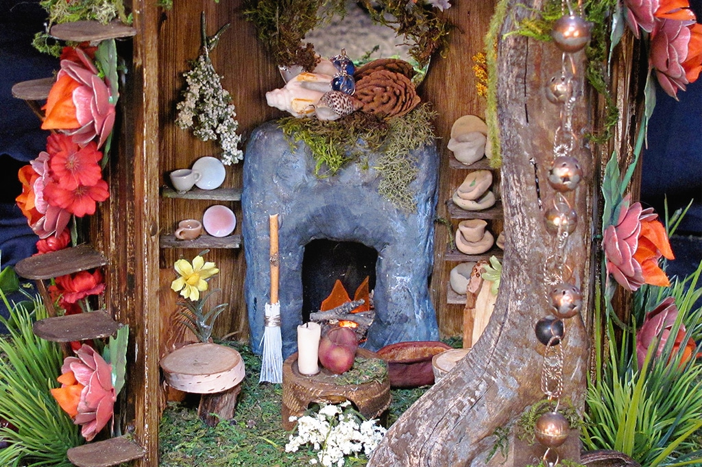 fanciful fairy houses detail