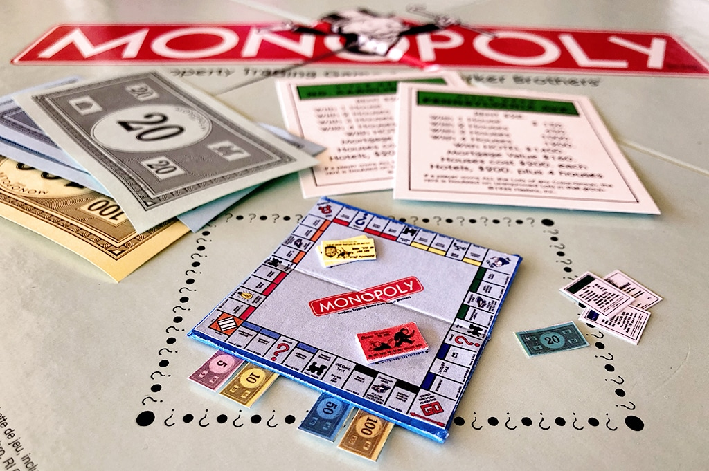 How To Make a Miniature Monopoly Game