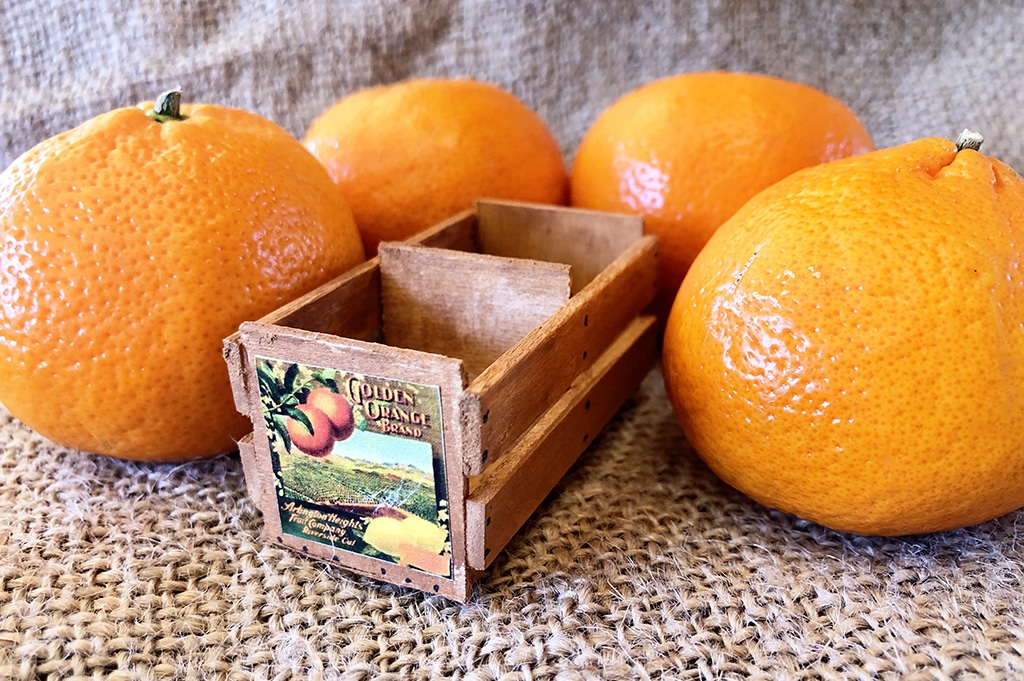 How To Make a Miniature Fruit Crate