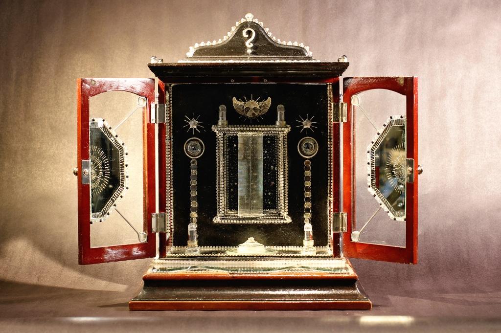 Jewelry Box Tardis open